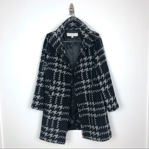 Trina Turk | Wool Oversized Houndstooth Check Coat